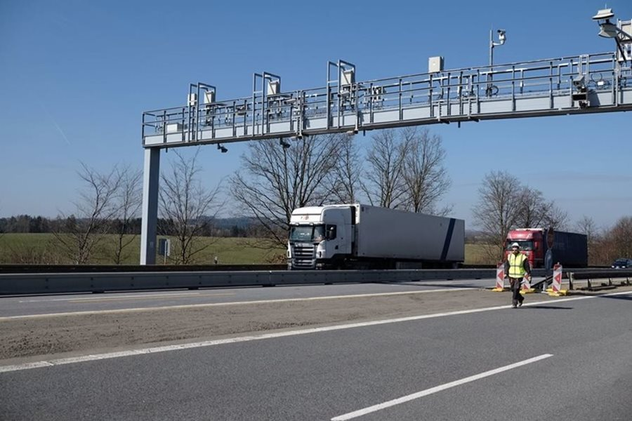 The Minister Dan Ťok: Kapsch applies non-standard practices in the contested toll tender