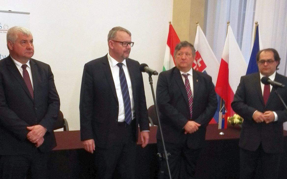 V4-Varsava-2017-01-31.jpg