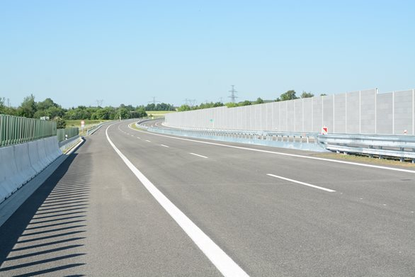 A new section of the D3 motorway was opened and will stay free of charge until the end of the year